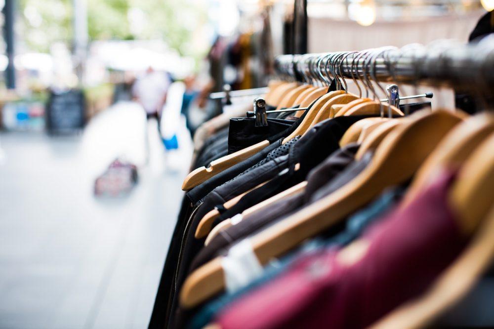 Vêtements pas cher pollution dépot vente
