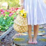 Brossage à sec pour des jambes douces et sans capitons