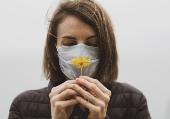 Covid-19 & perte d'odorat : rééduquer son nez ?