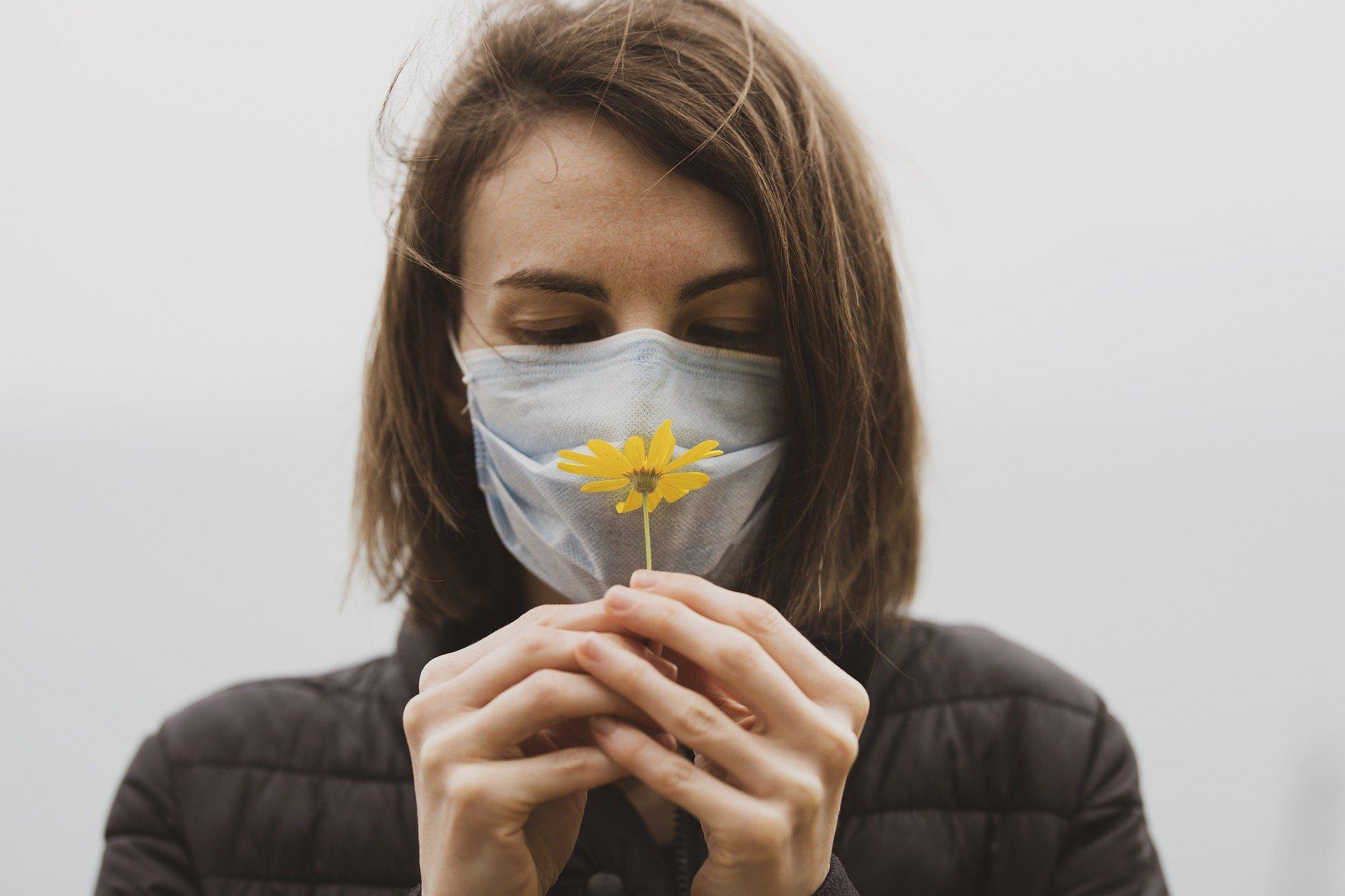 Perte odorat anosmie hyposmie covid coronavirus